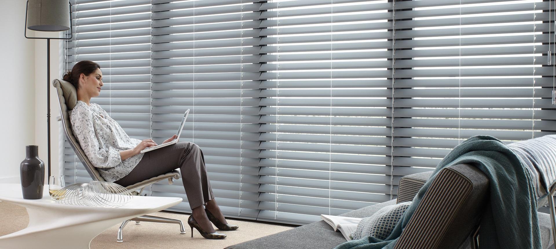 luxaflex jelle home style. Black Bedroom Furniture Sets. Home Design Ideas